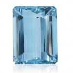 Blauwe edelsteen, aquamarijn geslepen steen