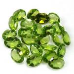 Groene edelsteen Peridot geslepen