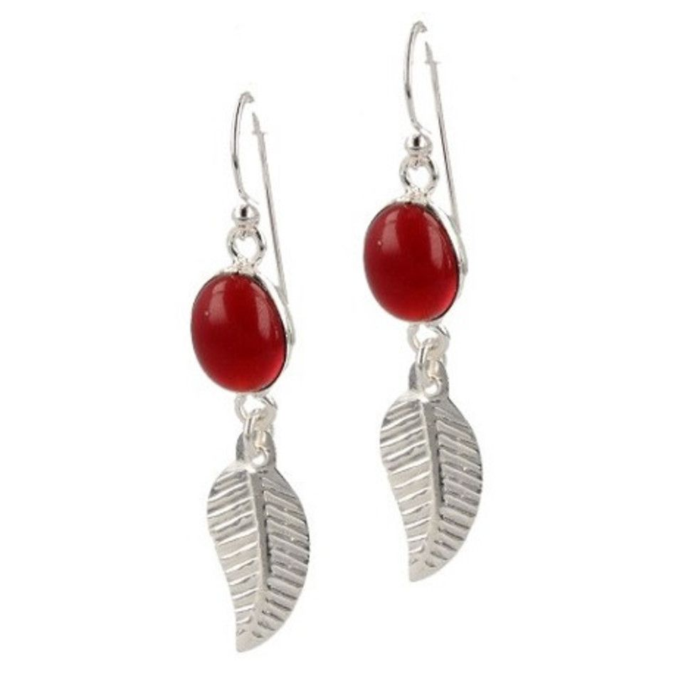 Agaat rood oorbellen veertje ovaal (gekleurd)