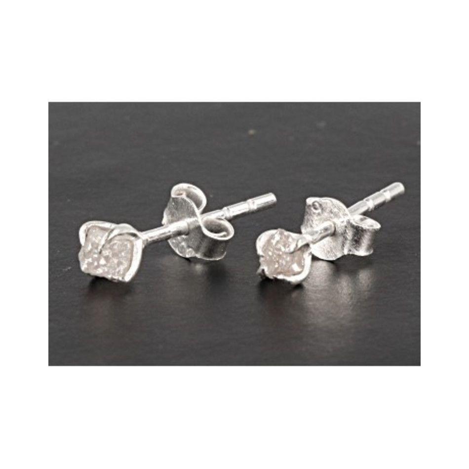 Diamant ruw oorstekers zilver