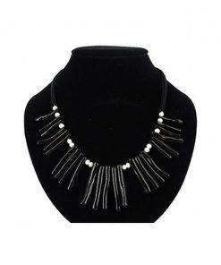 Ketting Koraal zwart (imitatie) met parels