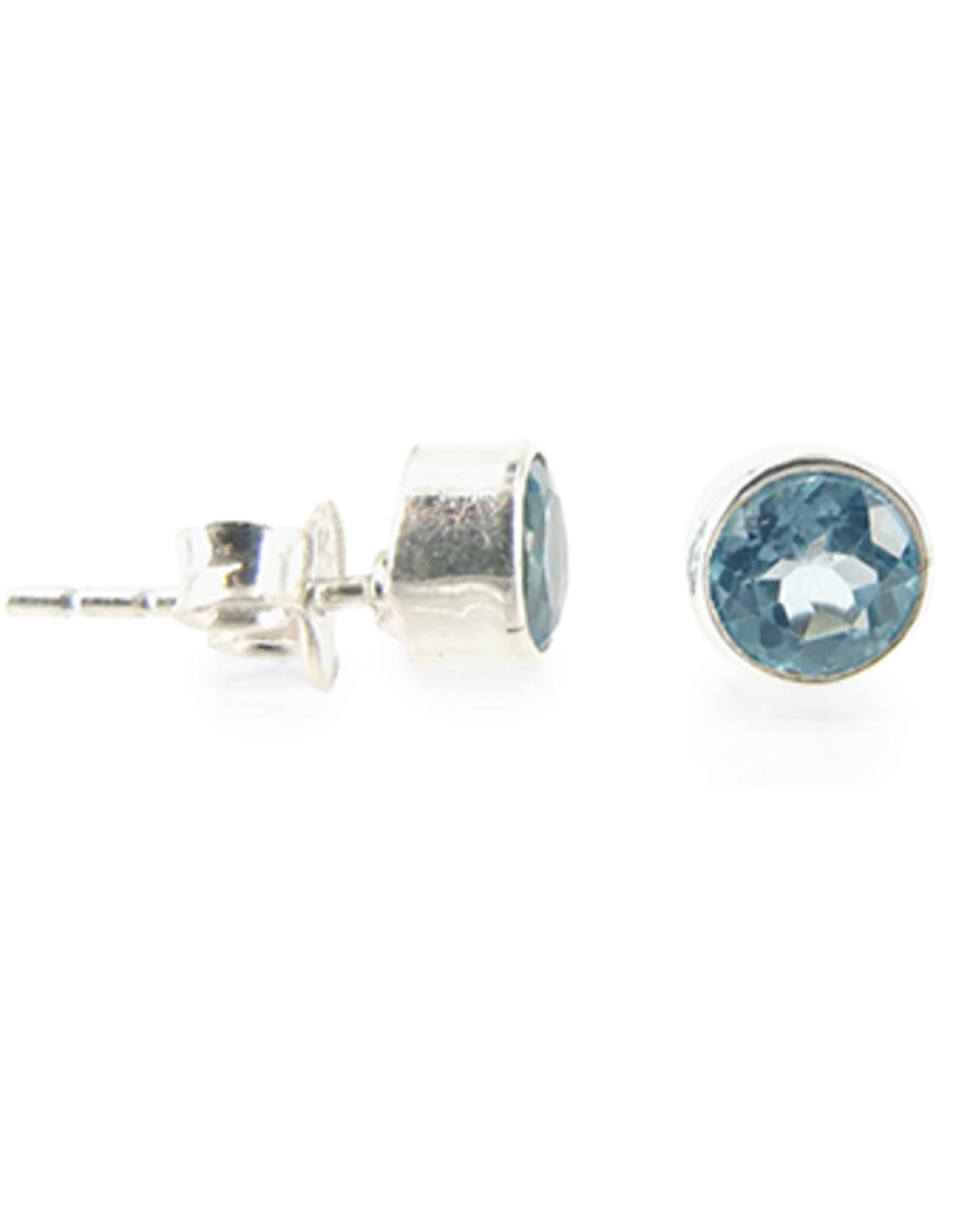 Topaas blauw oorstekers rond zilver facet klein